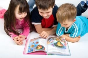 kid-2-reading